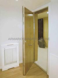 Cambiar el tablero exterior de una puerta, forrar puerta