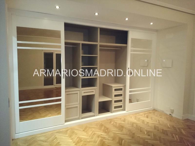 armario a medida lacado blanco de puertas correderas en san sebastian de los with hacer un armario empotrado