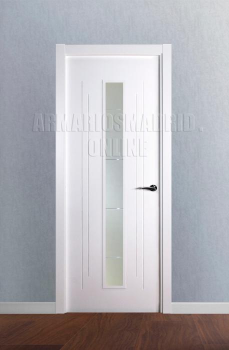 Puerta lacada blanco instalada mapi mara 229 u - Puertas blancas exterior ...