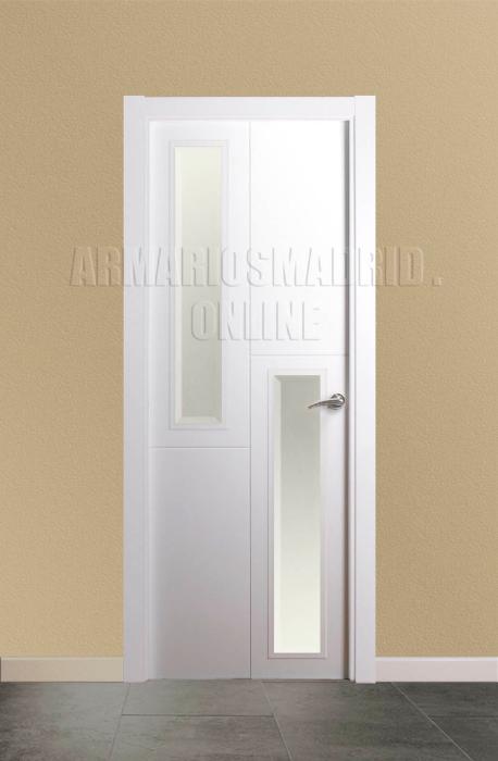 Puerta lacada blanco instalada mapi mara 229 u - Vidrieras para puertas ...