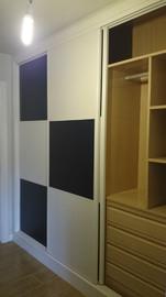 Interior de armario en melamina haya