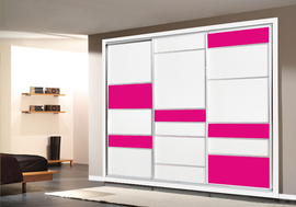 Frente de armario a medida, en melamina en blanco combinado con cristal rosa
