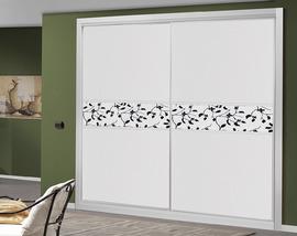 Armario a medida en blanco, con faja en melamina diseño, de puertas correderas