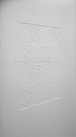 Detalle de armario lacado, modelo Rombos, fresado vaciado