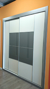 Armario empotrado de puertas correderas a medida, perfilería fine plata, puerta melamina blanca/cristal gris, decoración japonesa plata.